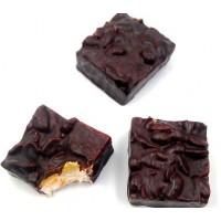 carré de nougat aux arachides et chocolat